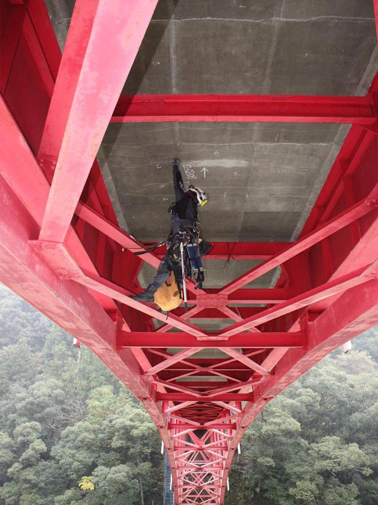 事業内容-橋梁関連業務詳細調査ハンドタッチ